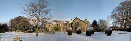 Lotherton Hall: Lotherton in the grip of winter!