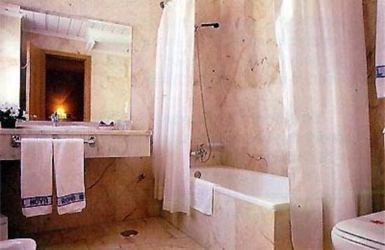 Nova Roma: Room