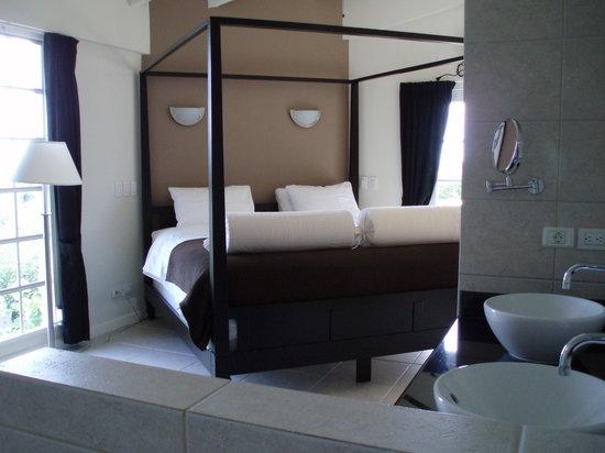 La Pura Vista: relax $ sleep deluxe suite