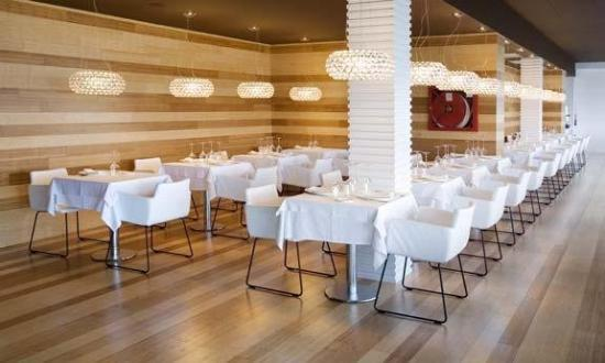 Hotel Agir: Restaurante