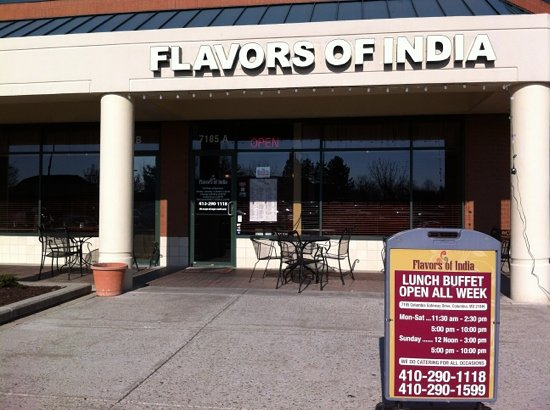 Flavors of India: lunch buffet