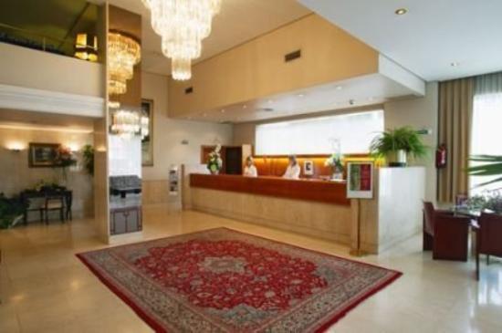 Hotel Blanca de Navarra: Reception
