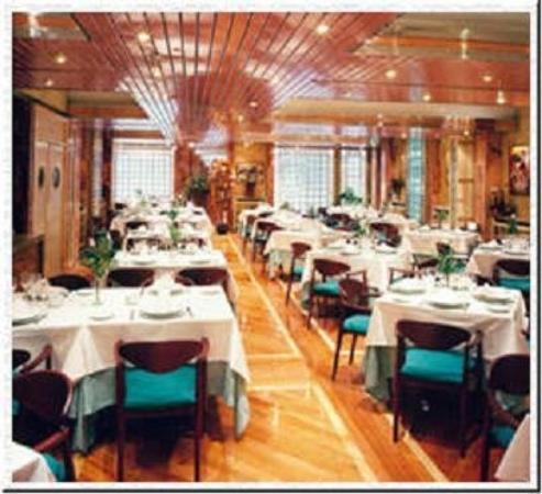 Aparthotel Rosales : Restaurant