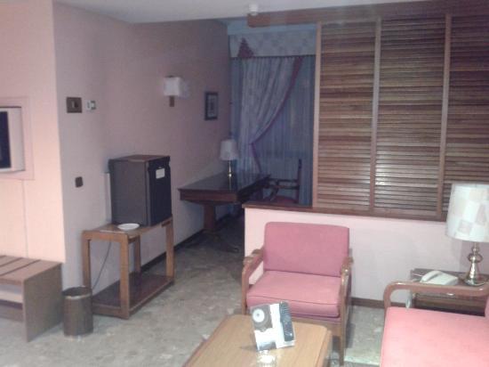 Suites Hotel - Foxa 25: vista desde la entrada