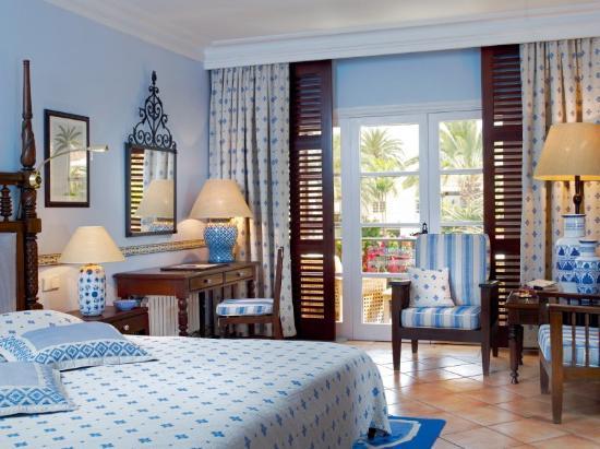 Seaside Grand Hotel Residencia : Guest Room