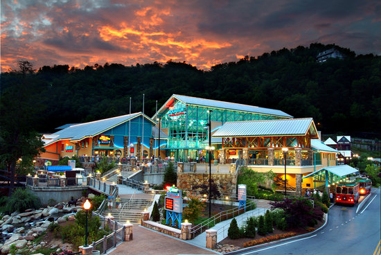 Ripley's Aquarium of the Smokies Exterior