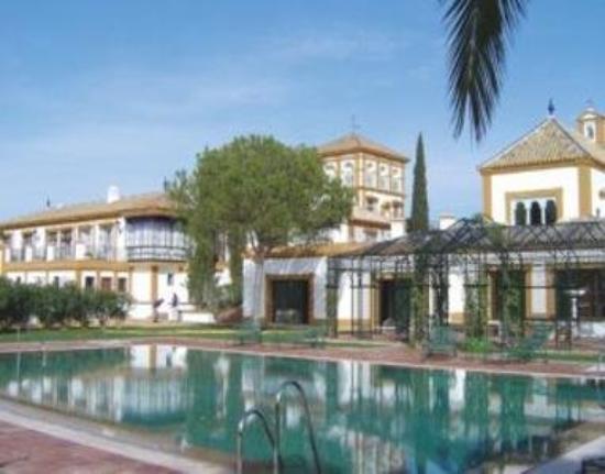 Hotel Cortijo Soto Real: The Hotel