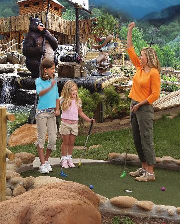Ripley's Davy Crockett Mini Golf Picture