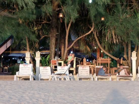 Lanta Villa Resort: Strand
