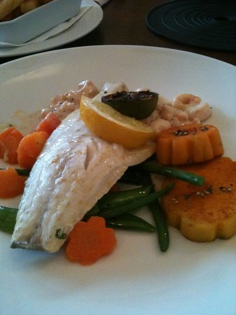 Katch 27: My seabass with sweet potato and sugar snap peas for mains