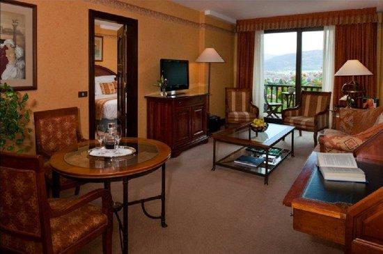 El Castell de Ciutat: Hotel Suite
