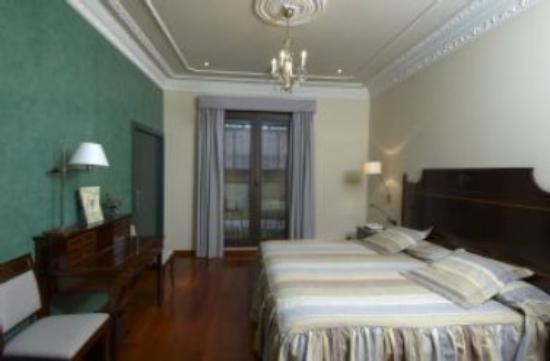 Hotel Montecarlo Barcelona: Junior Suite