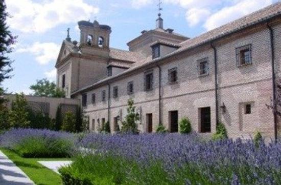 El Antiguo Convento: Exterior