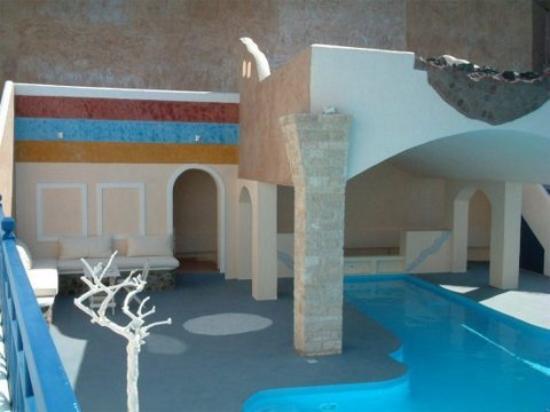 Astarte suites santorini akrotiri greece hotel for Astarte suites prices