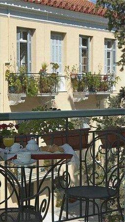 Amfitriti Palazzo Hotel: Exterior View