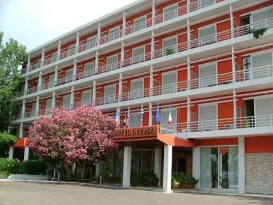 Letrina Hotel : Other