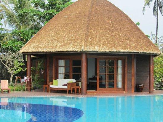 Ngwe Saung, Myanmar: executive bungalow