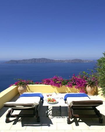 Dana Villas Hotel & Suites