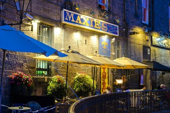 Maxies Bistro & Wine Bar