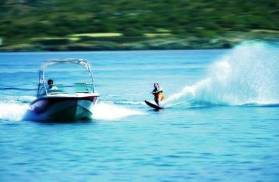 Elounda Mare Relais & Chateaux hotel: Water Ski