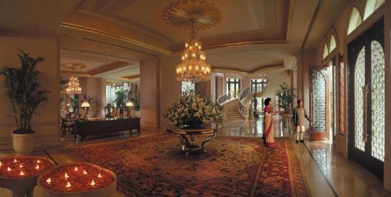 The Leela Palace Bengaluru: LRBLRLobby Rec