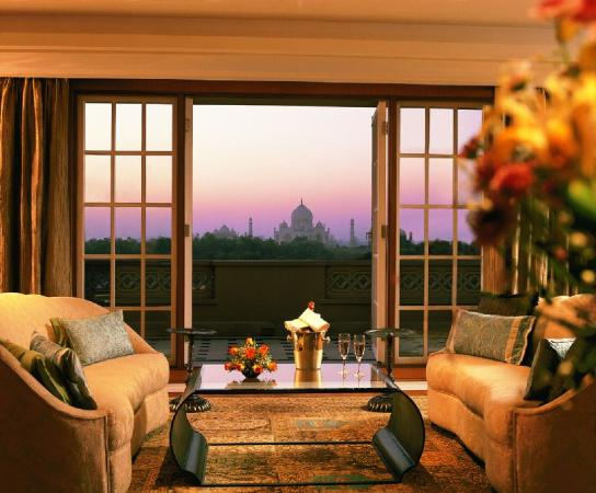 The Oberoi Amarvilas: Kohinoor Suite