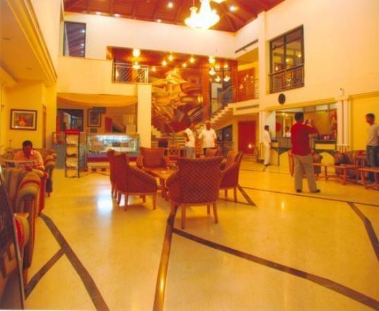 Hotel Dee Marks: Lobby