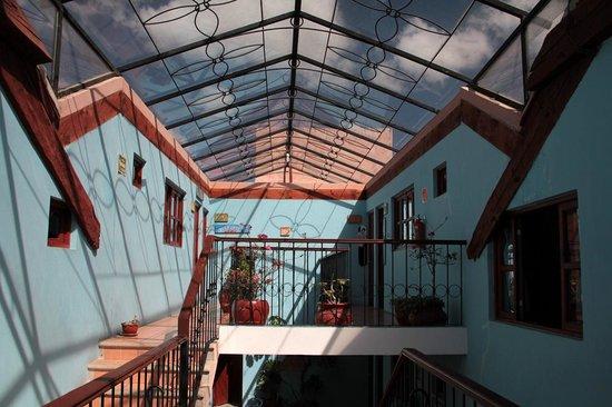 Hotel La Media Luna: The hotel