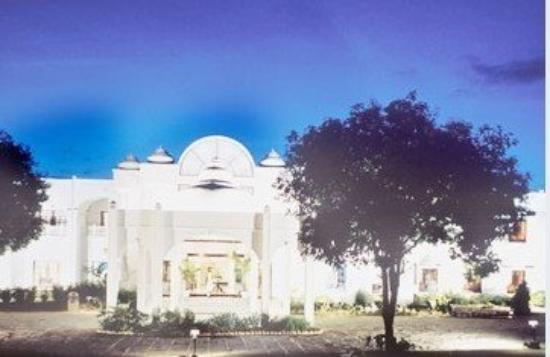 Photo of Hotel Usha Bundela Khajuraho