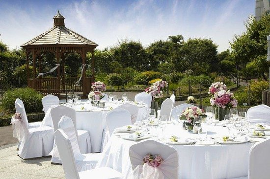 Grand Hyatt Incheon: Terrace wedding
