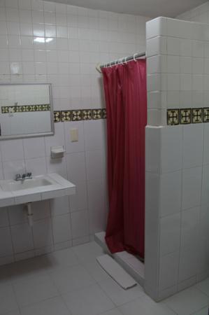 Hotel San Clemente: Bathroom