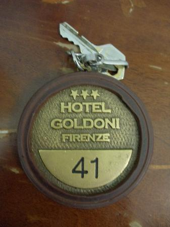 Hotel Goldoni : the key is room