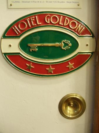 Hotel Goldoni : call the hotel