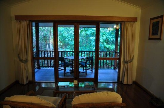Thala Beach Nature Reserve: Forest cabin outlook