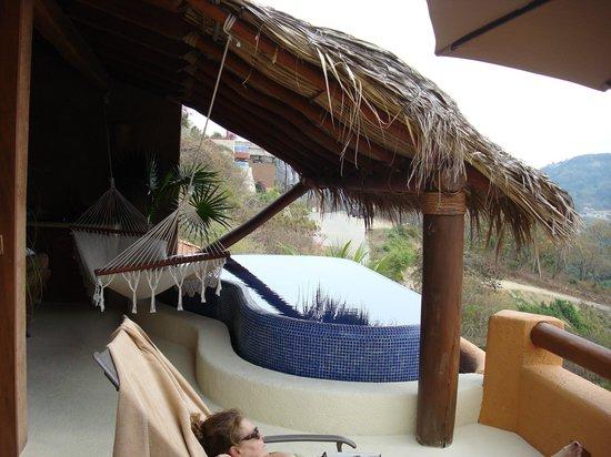 Hotel Cinco Sentidos: Infinity Pool
