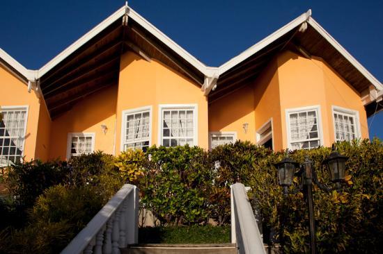 Paya Bay Resort: View from Restaurant towards rooms