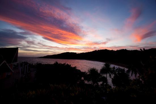 Paya Bay Resort: Sunrise from room 5