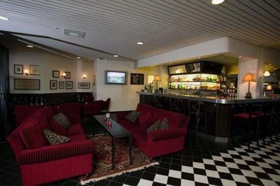 Clarion Hotel Winn: Exterior