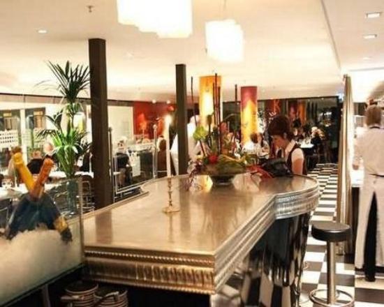 Elite Park Avenue Hotel : Bar/Lounge