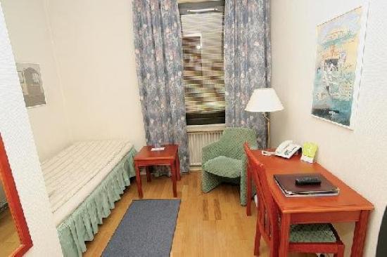 Hotell Gavle-Sweden Hotels : Standard Single Room