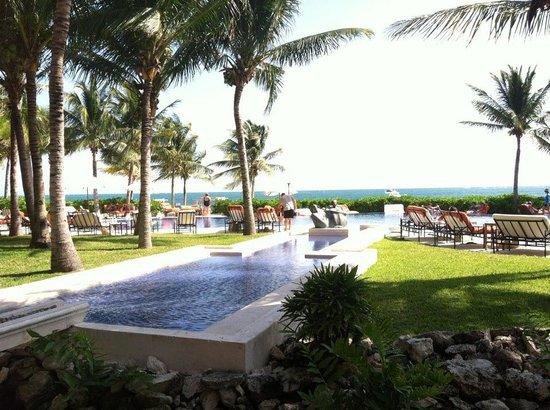 Zoetry Paraiso de la Bonita: View of the main pool.