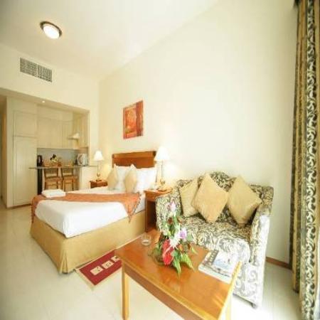 Photo of Savoy Park Hotel Apartments Dubai