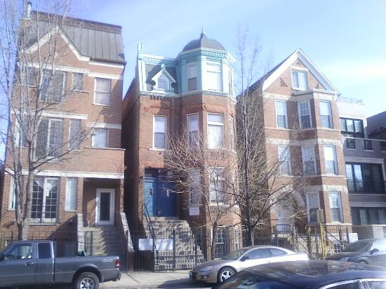 House of Two Urns Bed and Breakfast: A view of the Wicker Park neighborhood