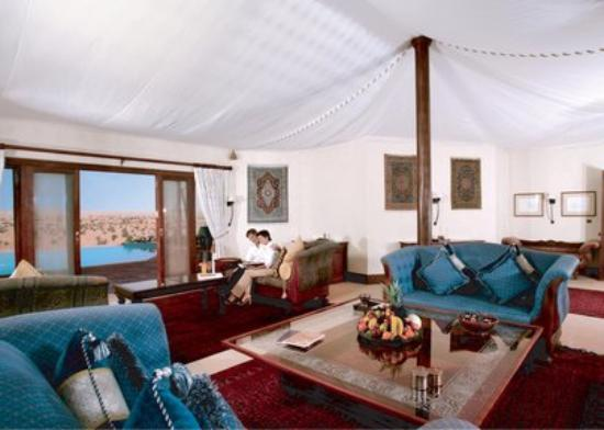 Al Maha, A Luxury Collection Desert Resort & Spa: Presidential Suite - Living Room