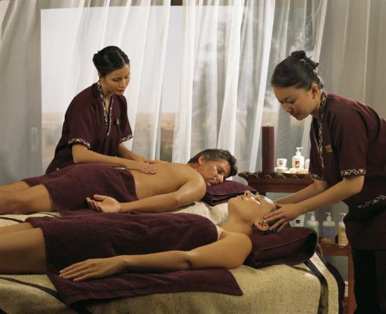 Al Maha, A Luxury Collection Desert Resort & Spa: Treatment - Couple Massage
