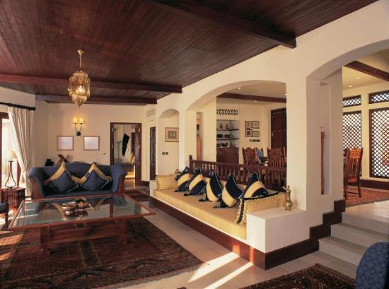 Al Maha, A Luxury Collection Desert Resort & Spa: Al Maha Presidential Suite