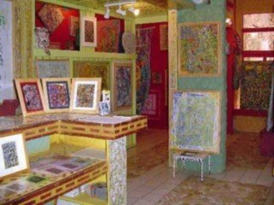 The Art & Nature Inn: The Gallery