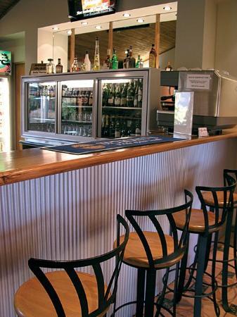 Quality Hotel Marlborough: Bar