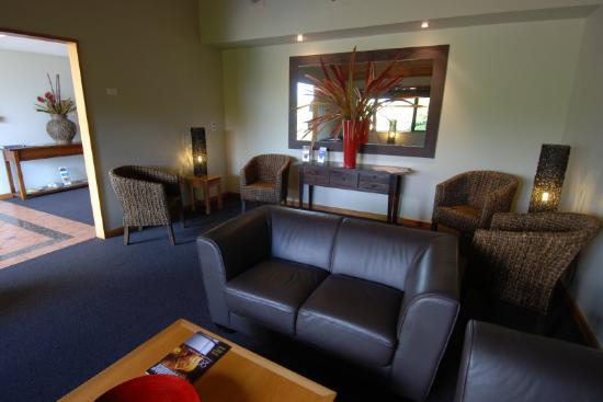 Quality Hotel Marlborough: Lounge