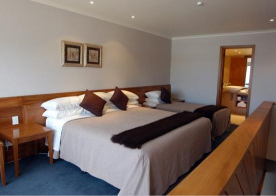 Quality Hotel Plymouth International: Penthouse Upstairs Bedroom